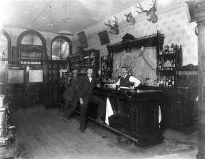 1897_Saloon_Blackhawk