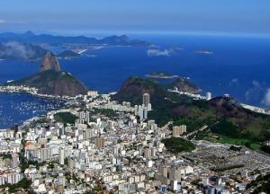 Rio_de_Janeiro_from_Corcovado_m