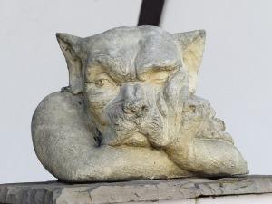 statue-100400_640