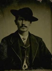 Wyatt_earp_1870s