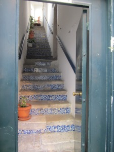 escalier bleu
