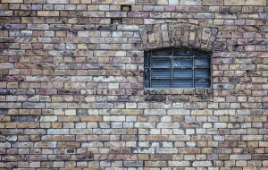 window-484596_1280